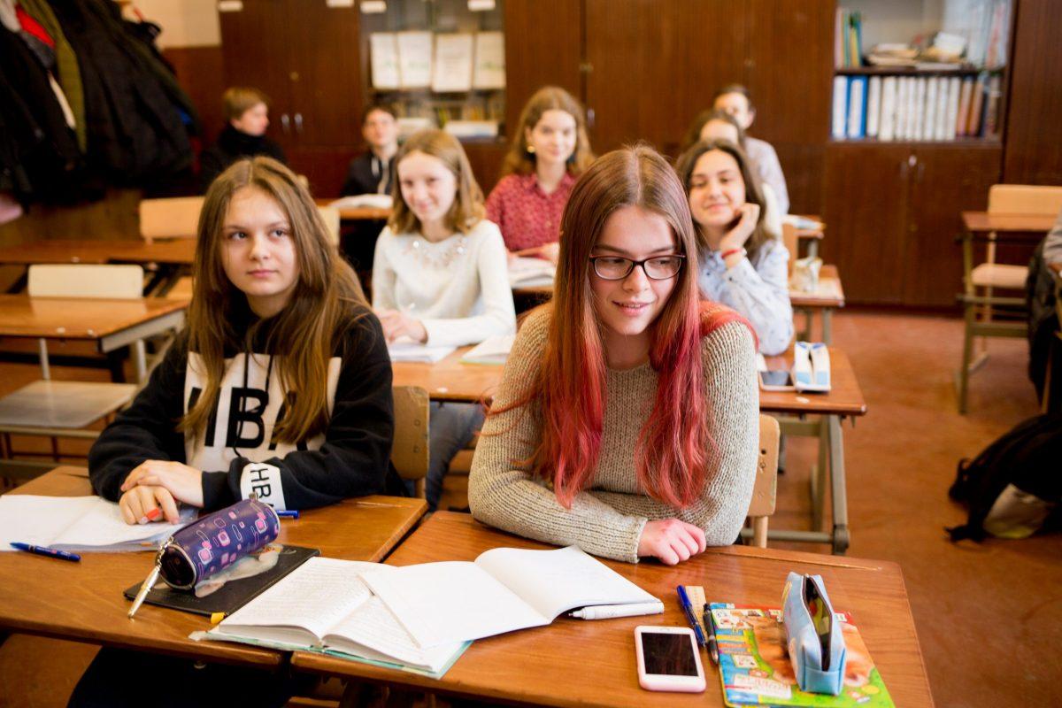 Вчителям – вчитись. Як працює гімназія у Берегові